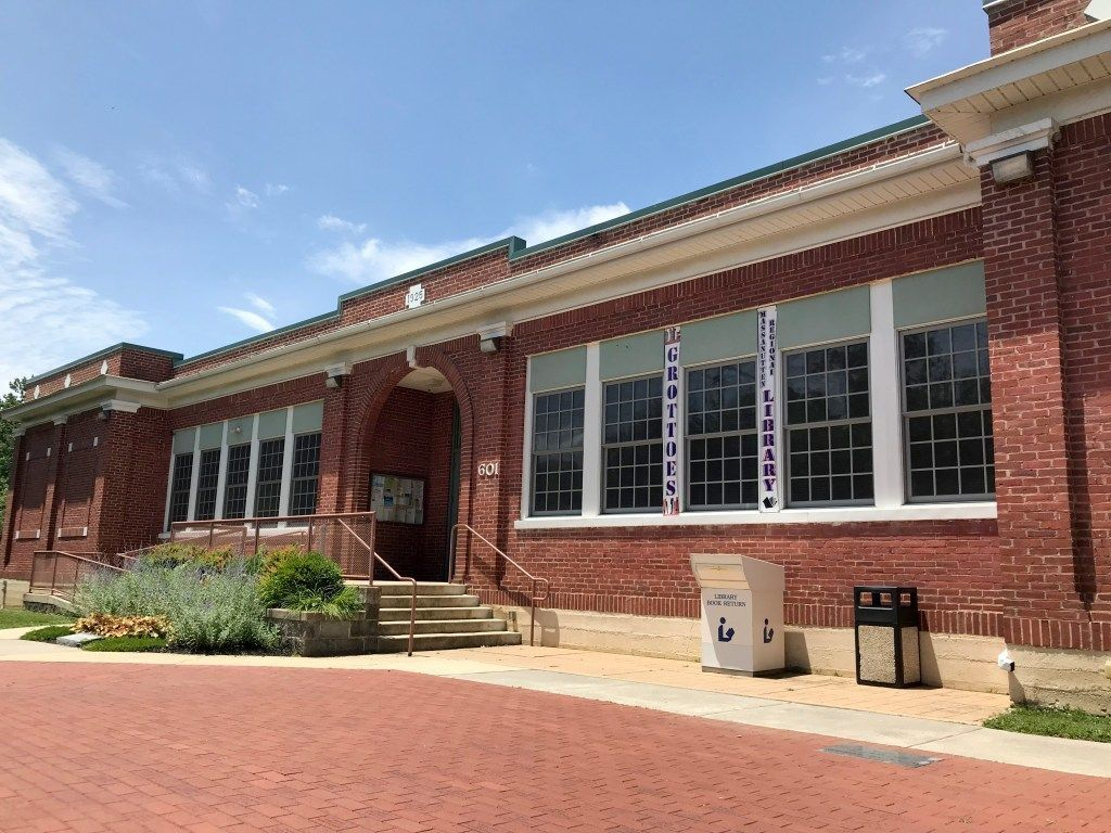 Grottoes Branch Library