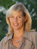 Julie Wright, Communication Chair