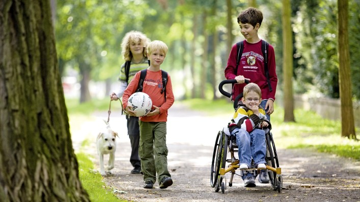10 things every parent of a special needs child should have before traveling