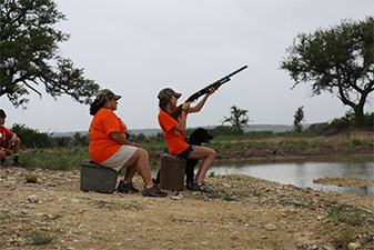 Texas Hunting Retriever Chapter Sponsors Youth Hunter Camp