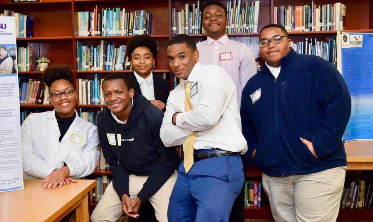 LSU EnvironMentors Coach Scotlandville High School Students Through Year-Long Research Projects