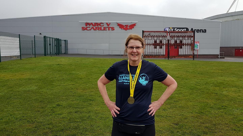 Diana Roberts raises £622.55 for FND Hope UK