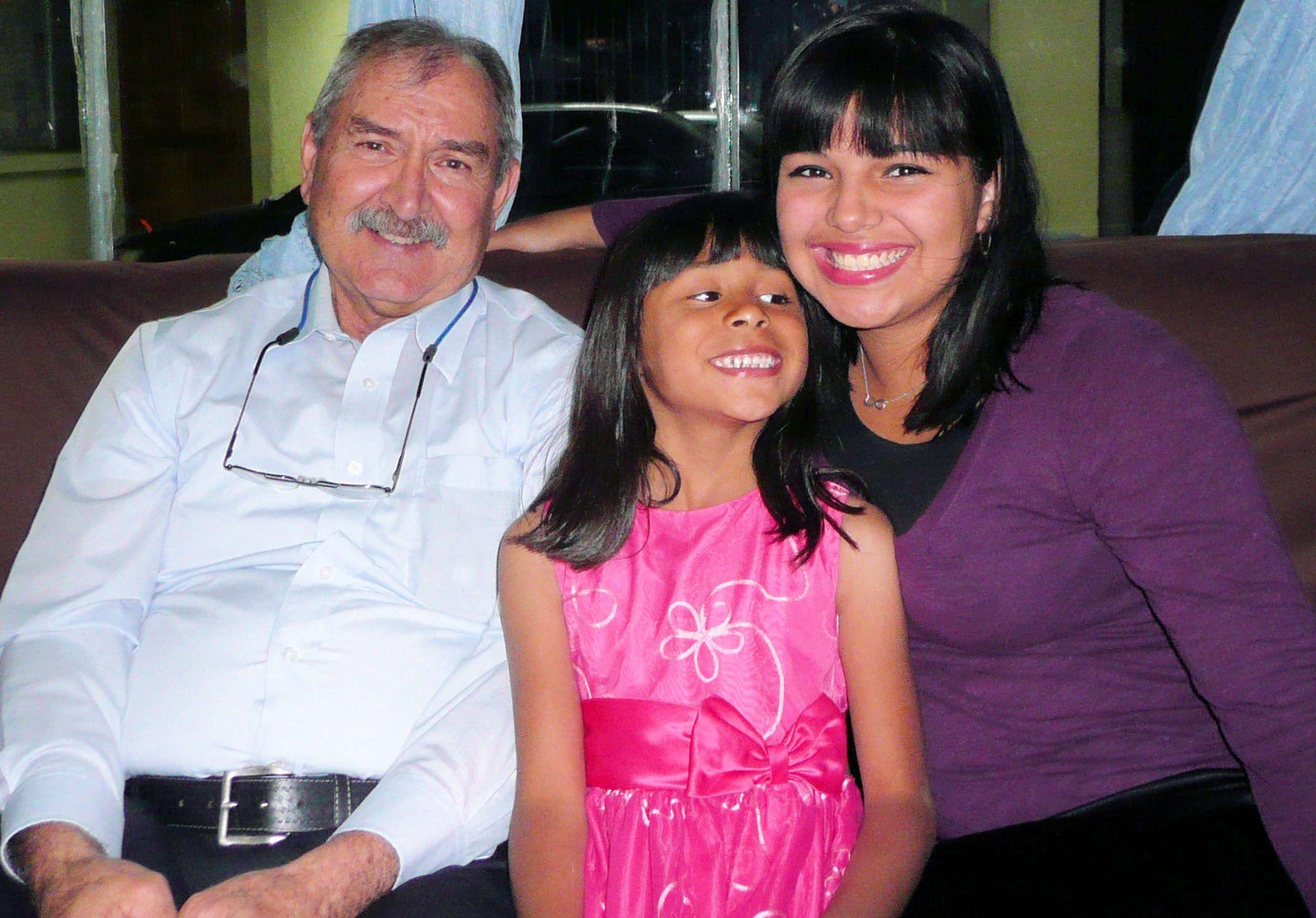 Frank, Iris and Priscilla at Costa Rica Home