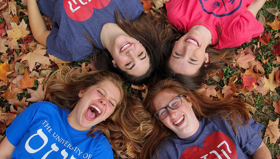 KU Hillel students enjoy informal Jewish educational experiences