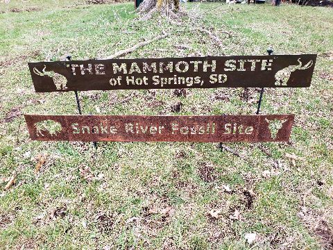 Mammoth Site and Snake River Sign