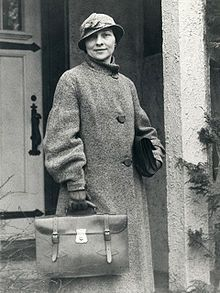 1927: Elizebeth Friedman - cryptanalyst with Bureau of Prohibition