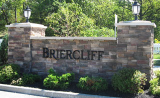 K20014 - Monument Entrance Sign with Stone Veneer for Briercliff Estates