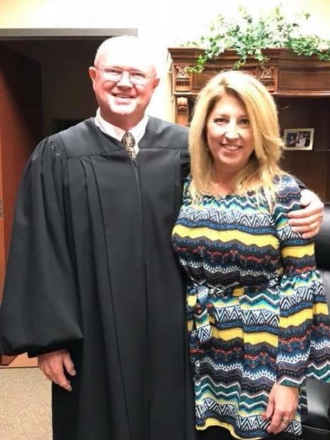 Judge Beal swears in Jennifer Travis