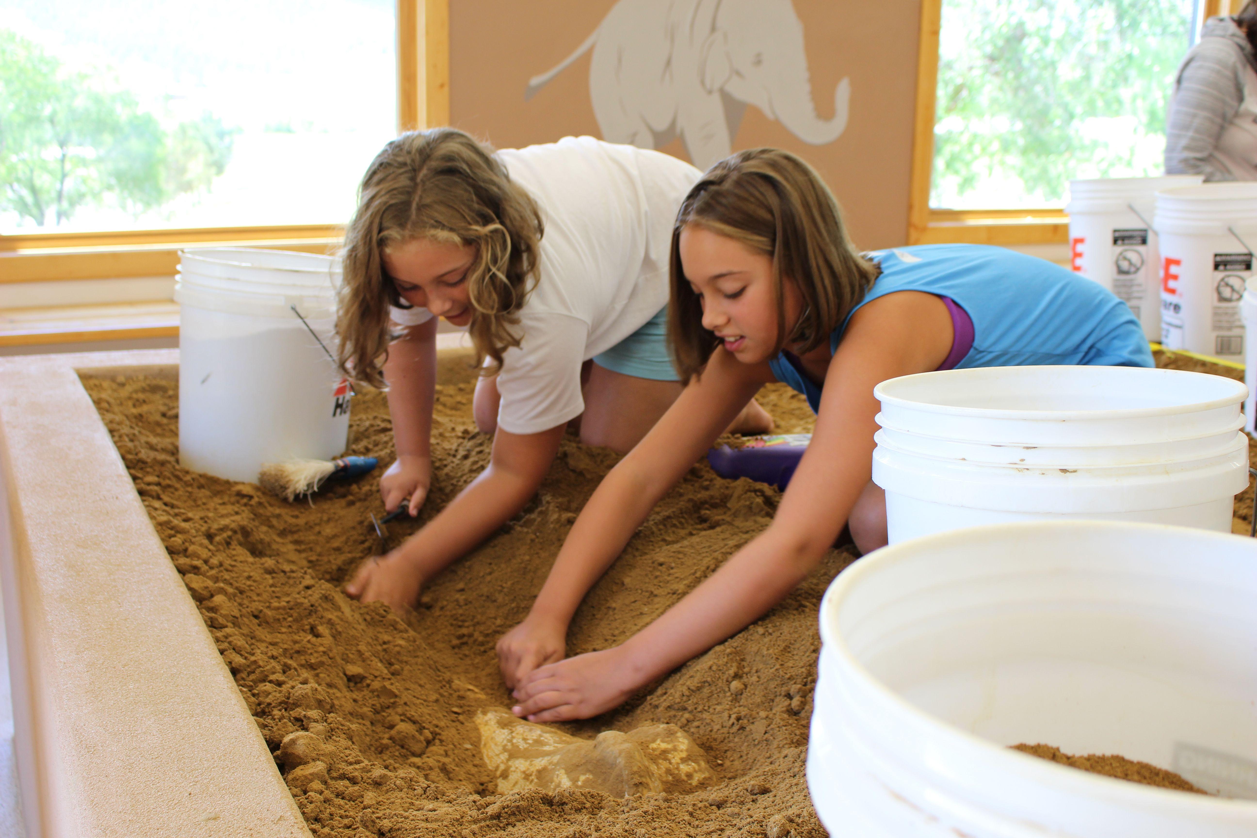 Kids in Junior Paleontology Program