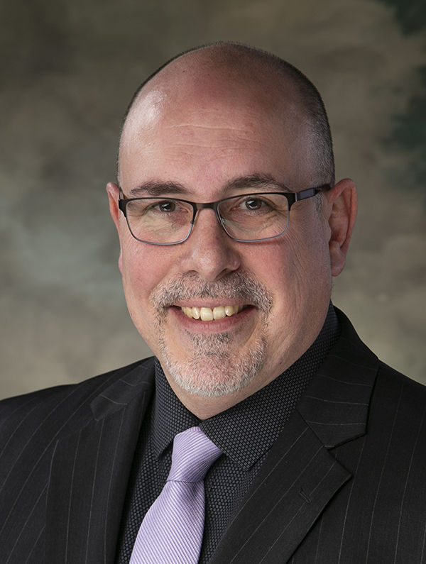 DR. ERIC FULNECKY, CLASS OF 1999, JOINS STAFF AT CITIZENS MEMORIAL HOSPITAL, BOLIVAR, MISSOURI