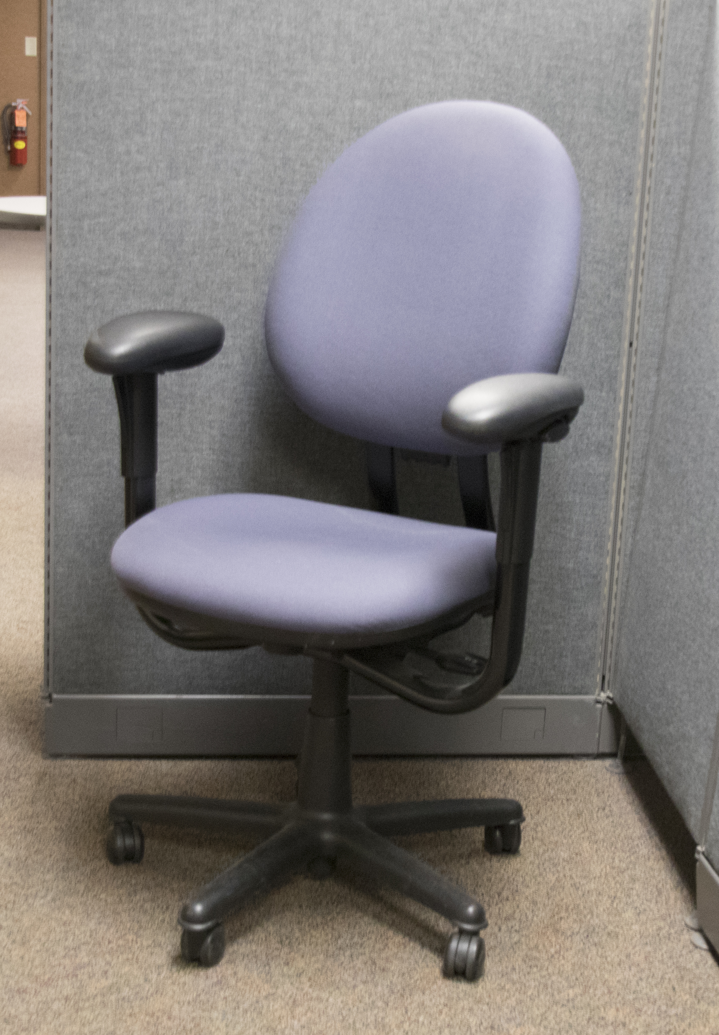 Blue office chairs (10 available)