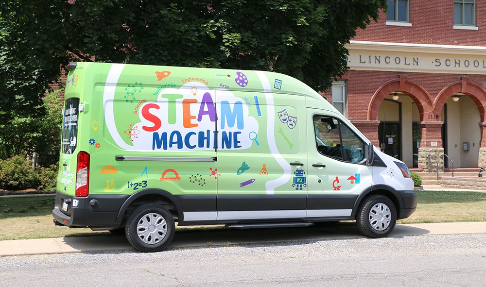 ELRC Region 7 Launches STEAM Machine & MakerSpaces