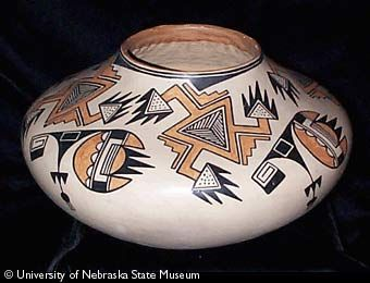 SW polychrome jar