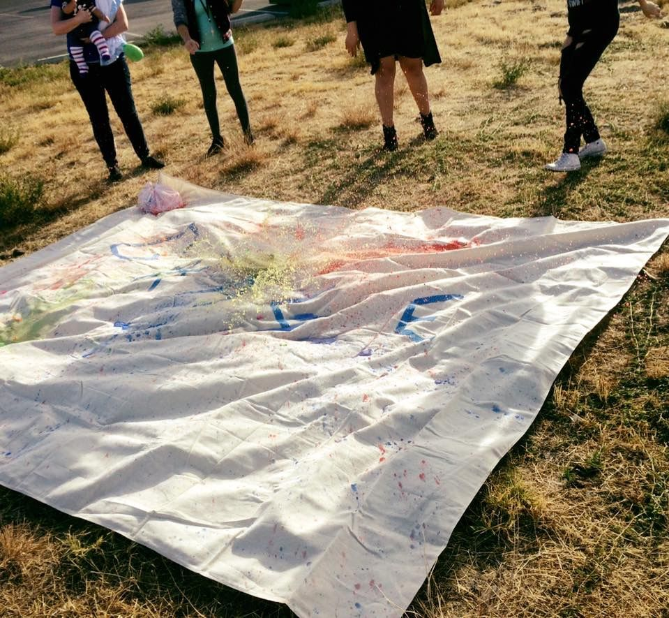 Healing and expressing creativity through balloon painting!