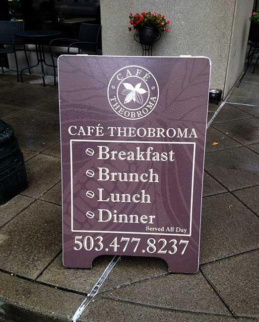 CAFE THEOBROMA