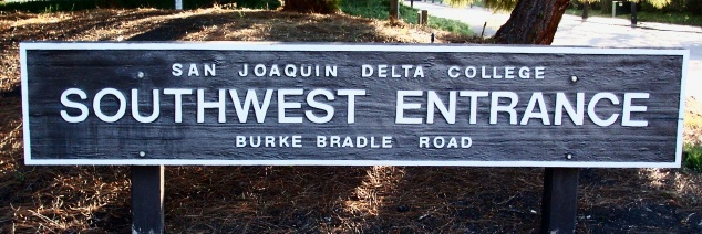 M3314 - Painted Wood College Entrance Sign (Gallery 15A)