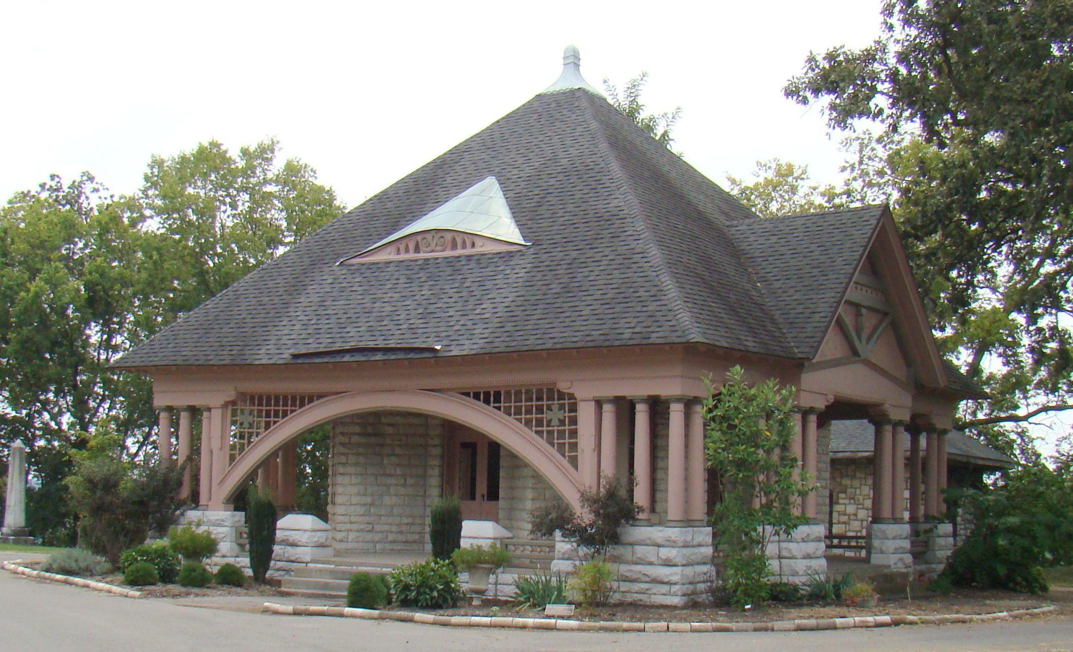 Frankfort Cemetery Chapel