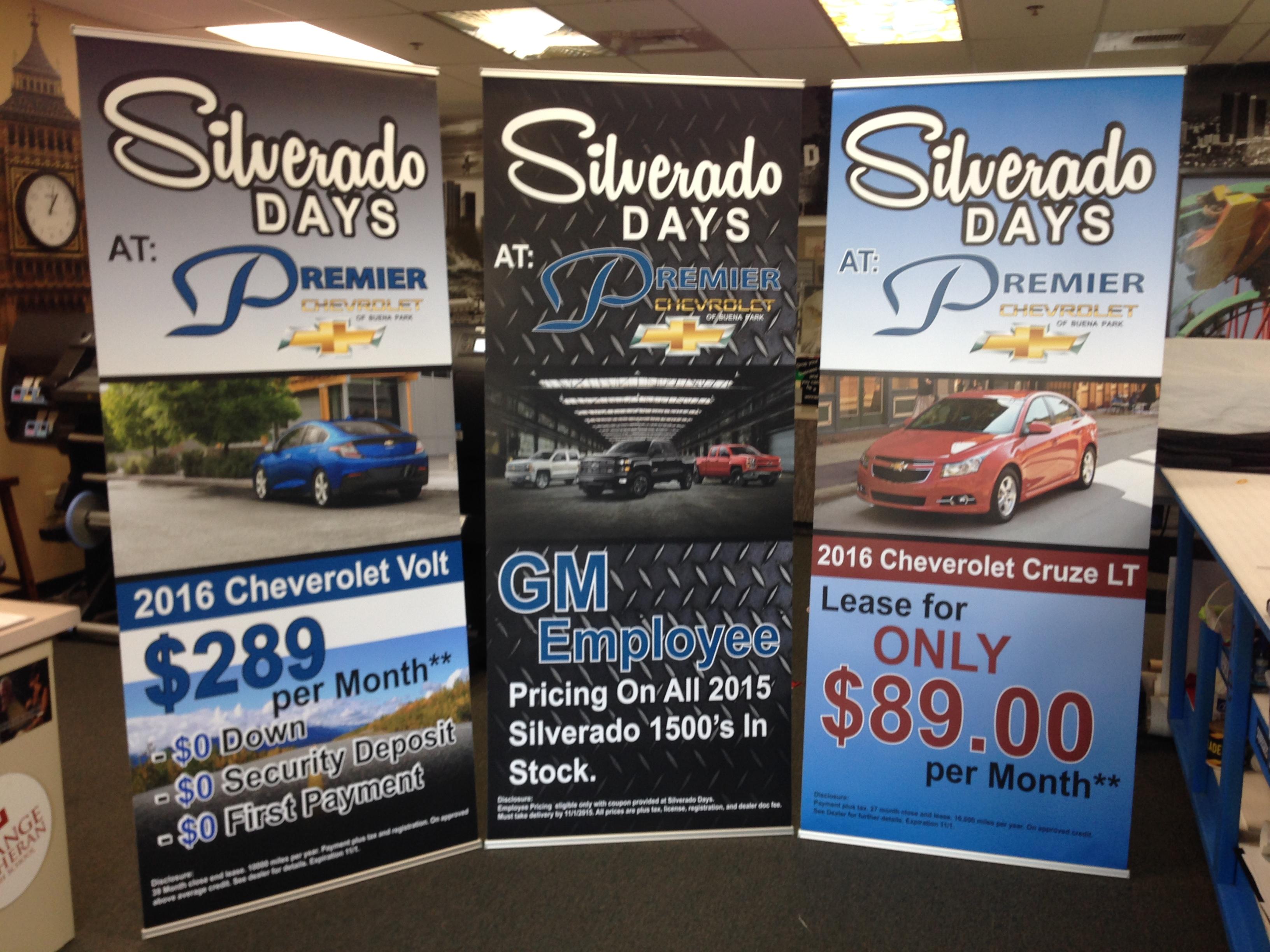 Showroom Banner Stands