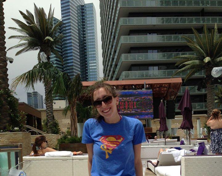 Love from cousin Lauren! Looks nice in Vegas!