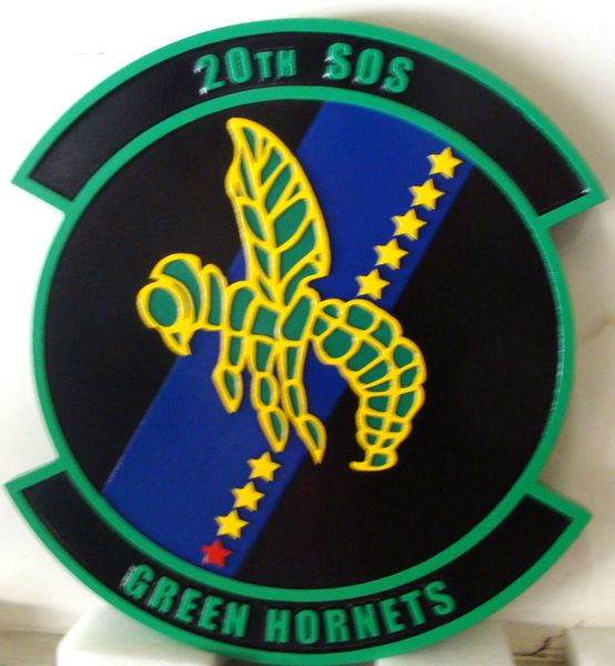 """LP-3860 - Carved Round Plaque of the Crest of the 20th Special Operations Squadron """"Green Hornets"""", Artist Painted"""