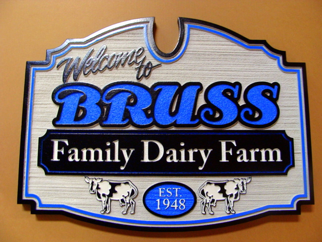 M1246 - Dairy Farm Sign (Gallery 23)