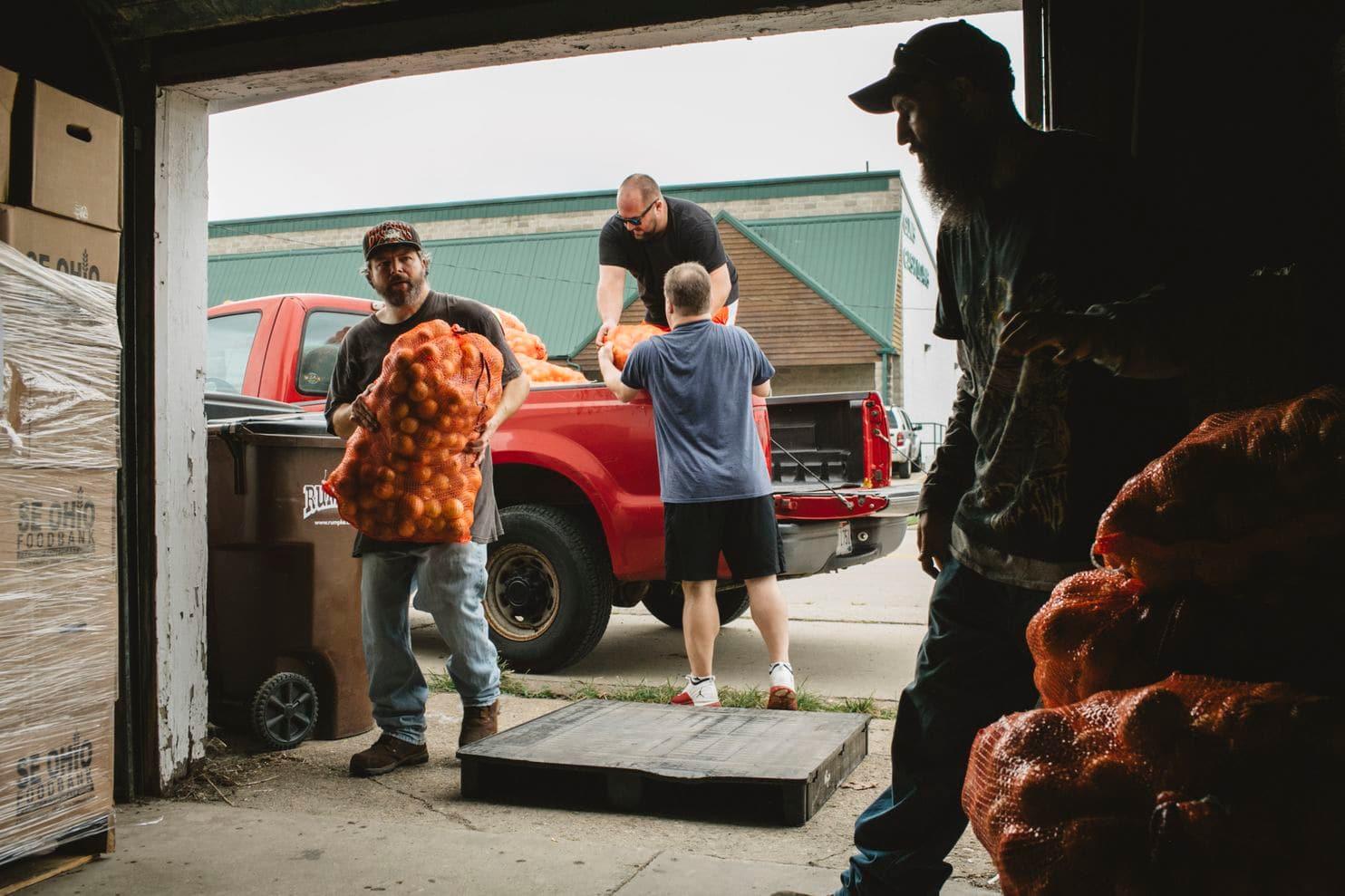 A food pantry struggles to feed an increasingly hungry Ohio community