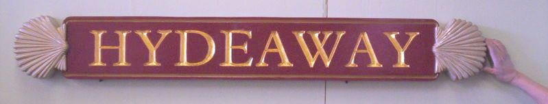 I18160 - Engraved Quarterboard Property Name Sign, with 3-D Clam Shells and 24K Gold-Leaf Gilded Text and Border