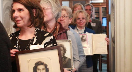 WWII women code breakers hold first reunion in over 70 years