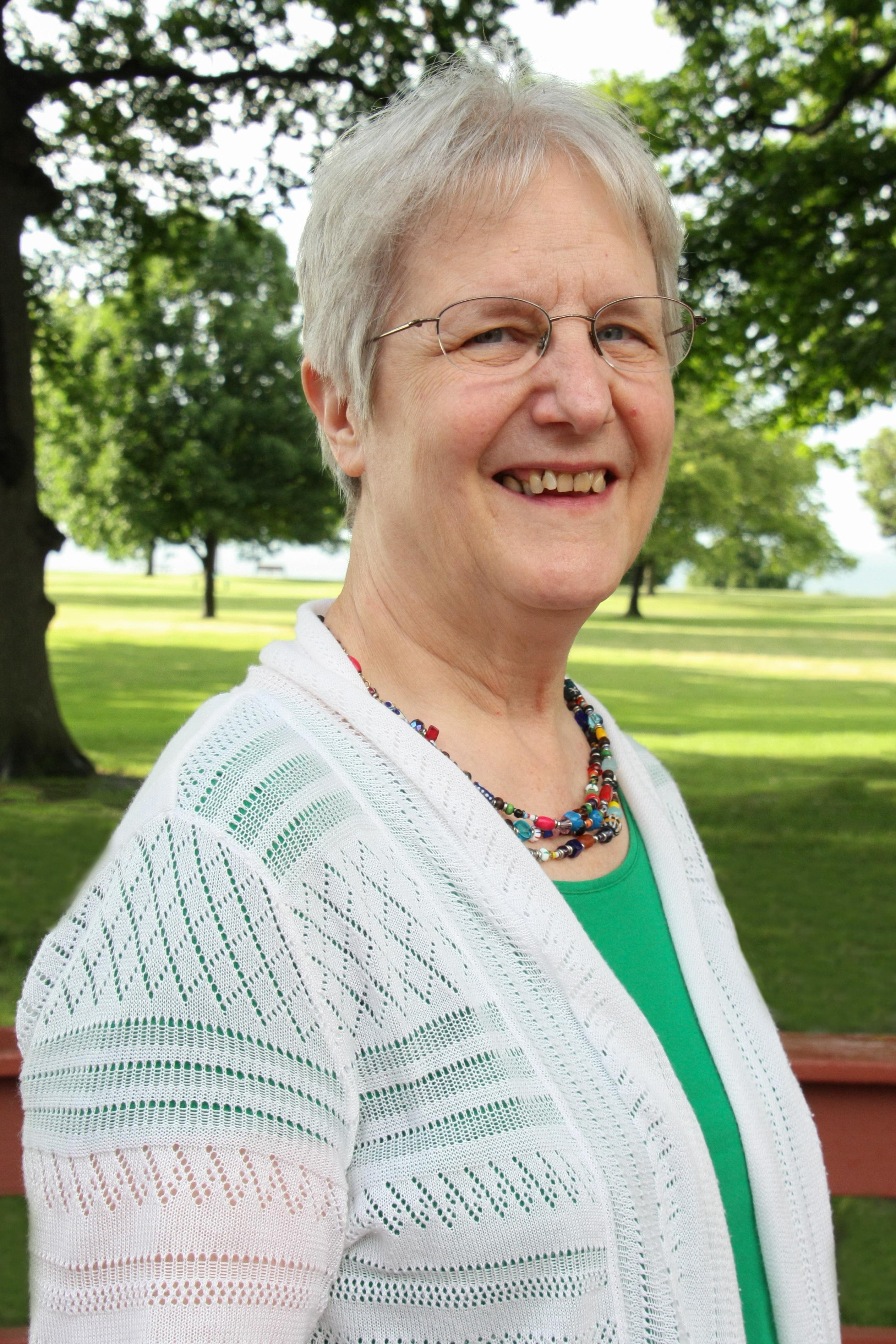 Executive Director Diana Cyganovich to retire