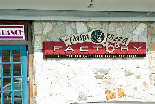 Q25204 - Carved HDU Sign for Pasta Pizza Factory Sign Shown in Q25202