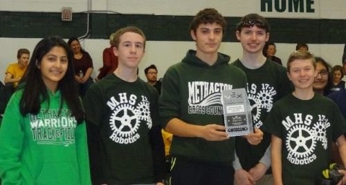 MHS Robotics Club Wins Division at VEX Competition