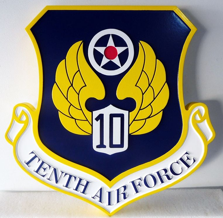 V31644 - Wall Plaque of Crest of the  USAF Tenth Air Force