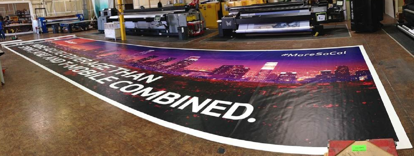 INDOOR AND OUTDOOR GIANT BANNERS
