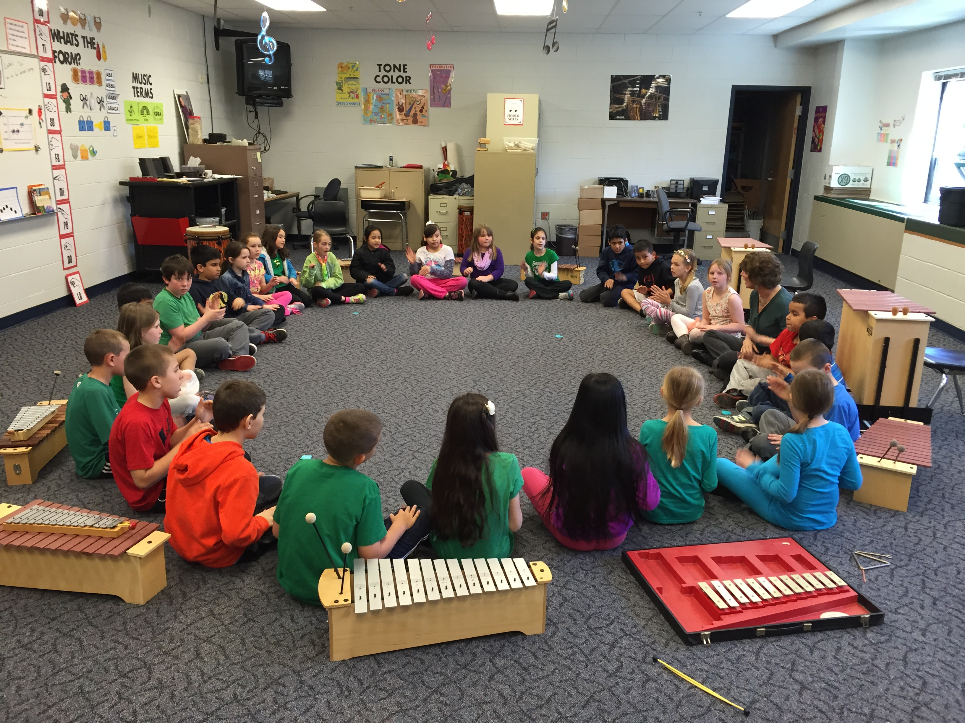 Photo of a group of children in a music class
