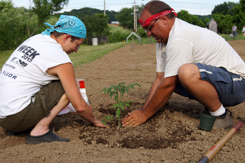 Empower Gardeners & Leaders