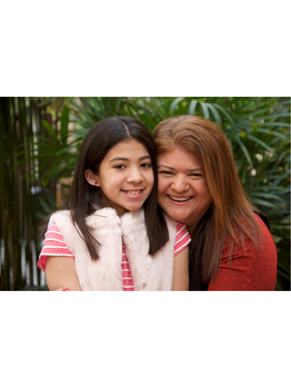 Video: Meet Arielle & Lizzy