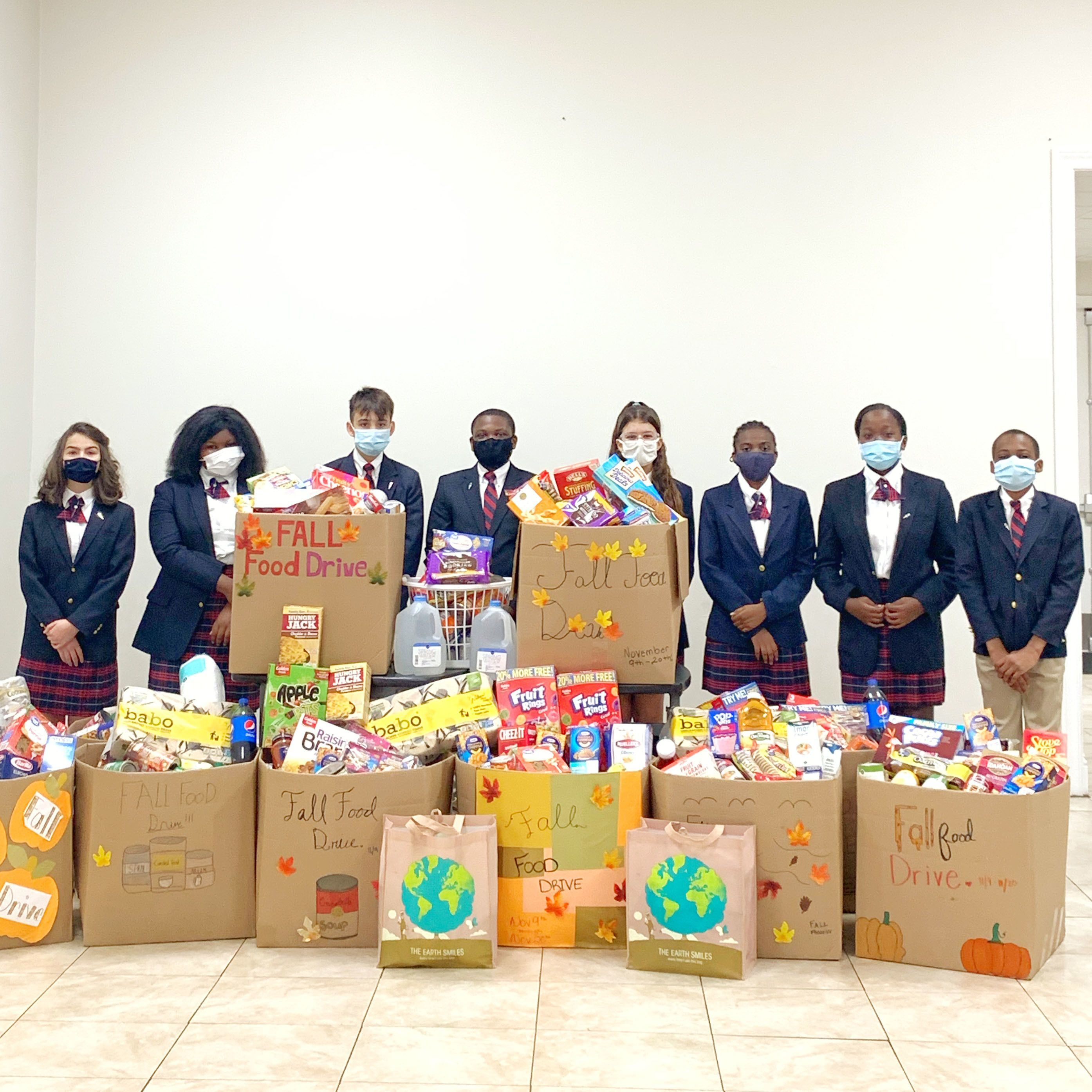 Honor society organizes Thanksgiving food drive