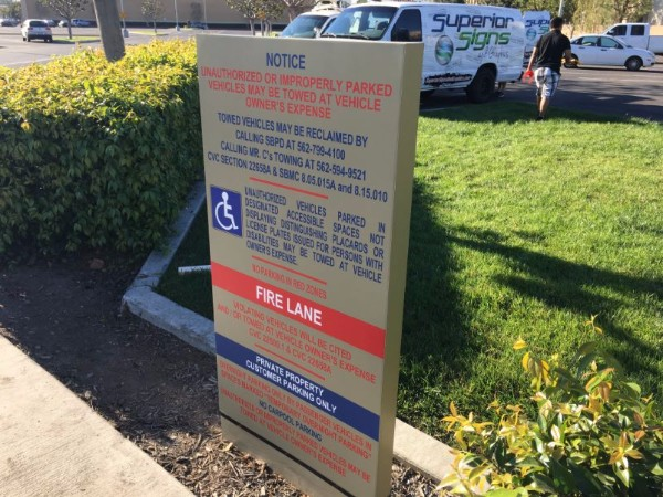 Private Parking Lot Signs for Property Managers in Orange County CA