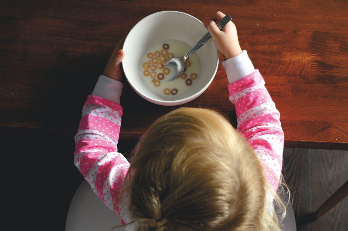 listen to kids food
