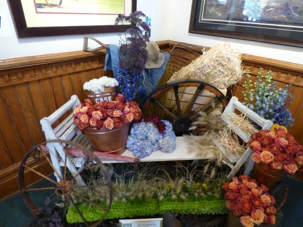 Art In Bloom entry: Angie Hammond