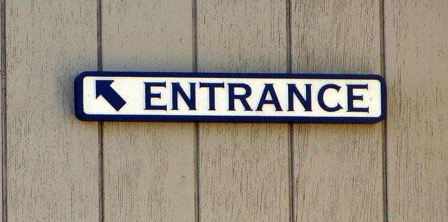 SA28745 -Carved HDU Entrance Sign with Arrow
