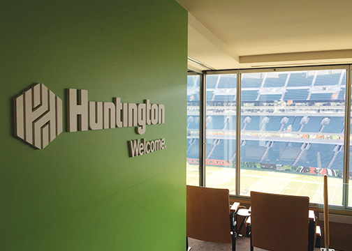 Huntington Bank Dimensional Lettering Paul Brown Stadium 2