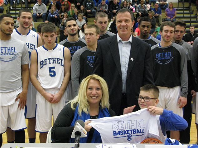 8-year-old cancer survivor Brady signs with Bethel College basketball
