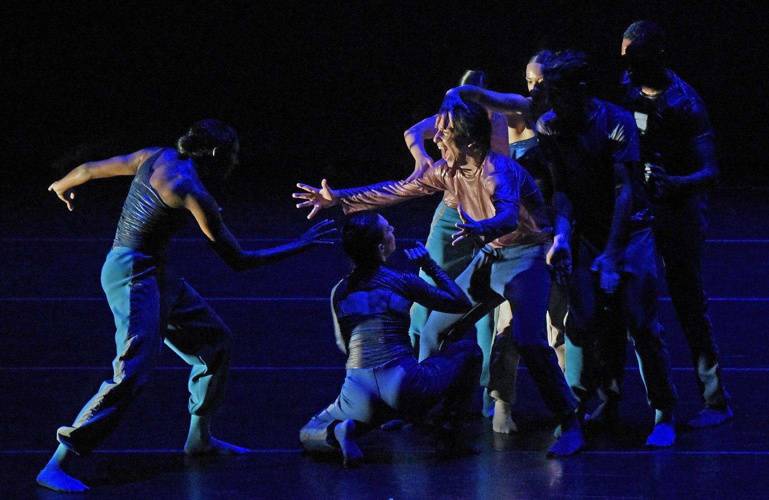 BODYTRAFFIC Gives a Very Strong Performance at the Irvine Barclay Theatre