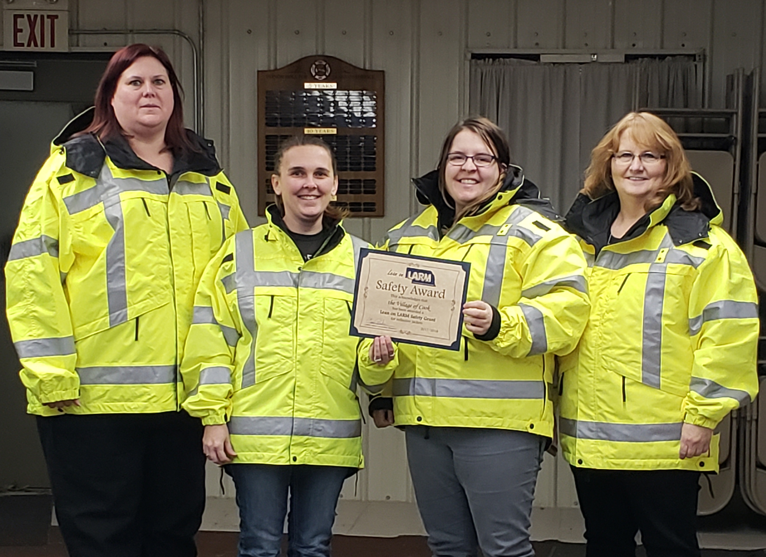 Cook Rescue Squad Receives Grant