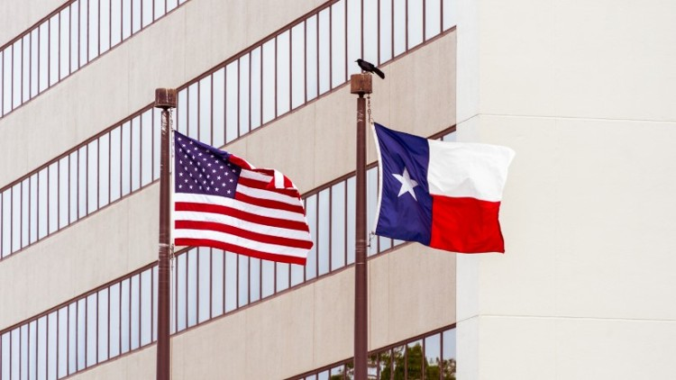 Williamson County (TX) Commissioners Reject LGBT Flag Over Courts!
