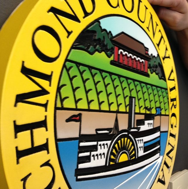 X33376A - Side View of Wall Plaque of the Seal of Richmond County, Virginia, founded in 1692