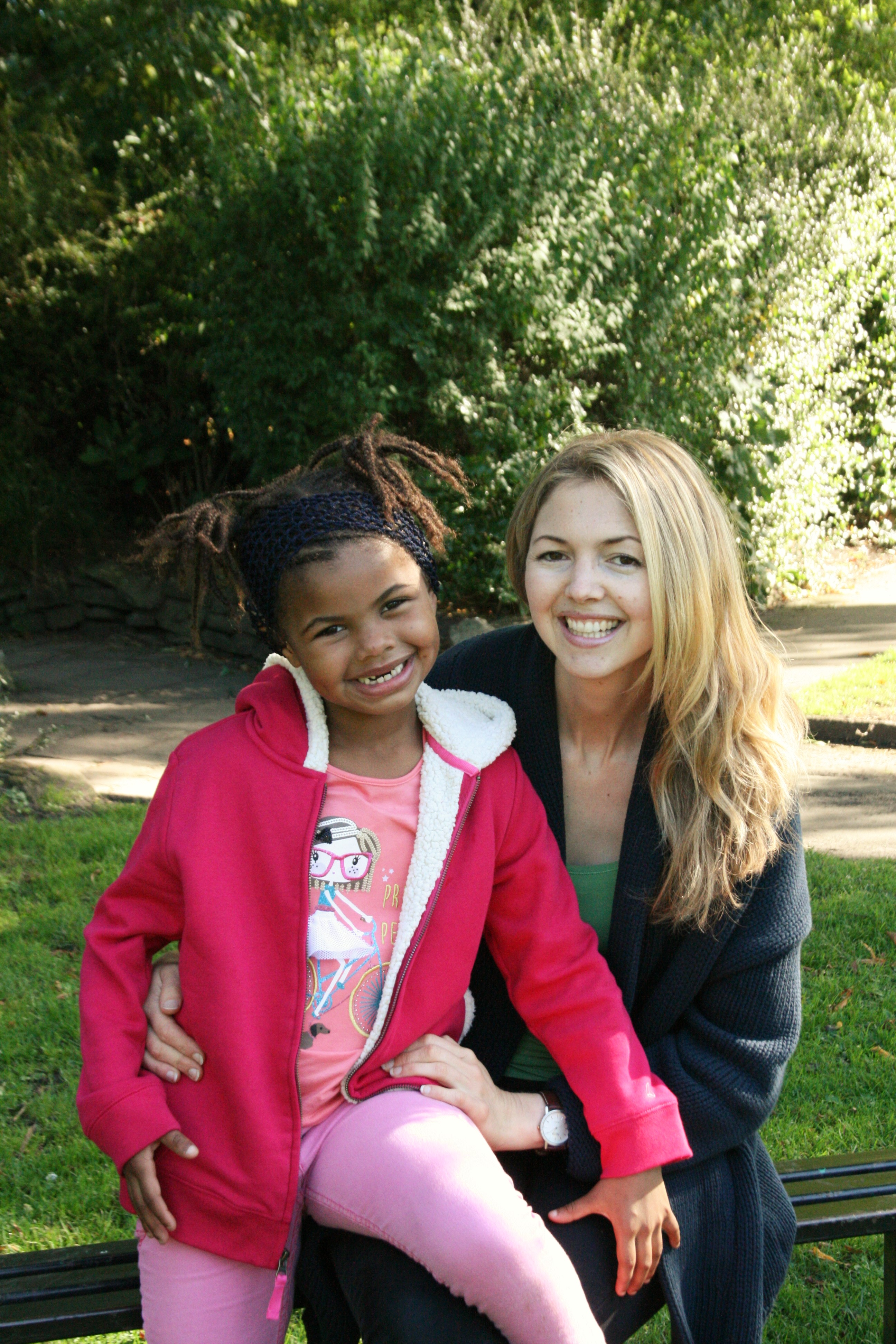 Picture of Xanthe and her mom Chloe.