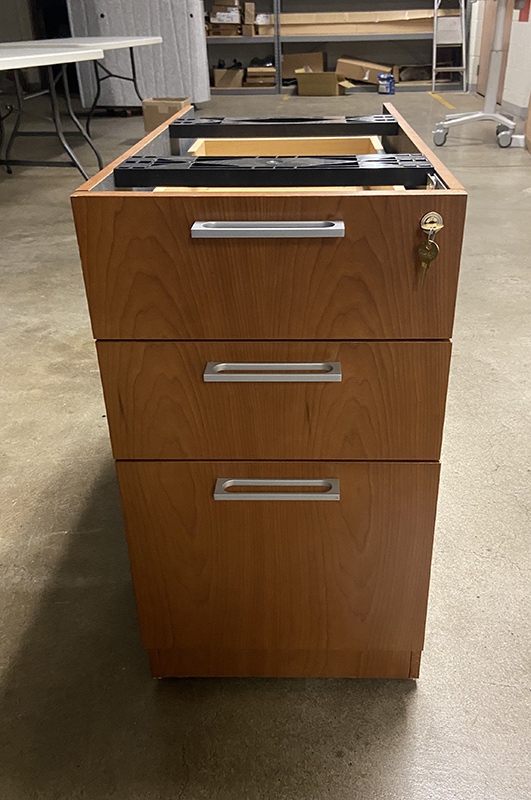 Desk - Steelcase BBF Pedestal