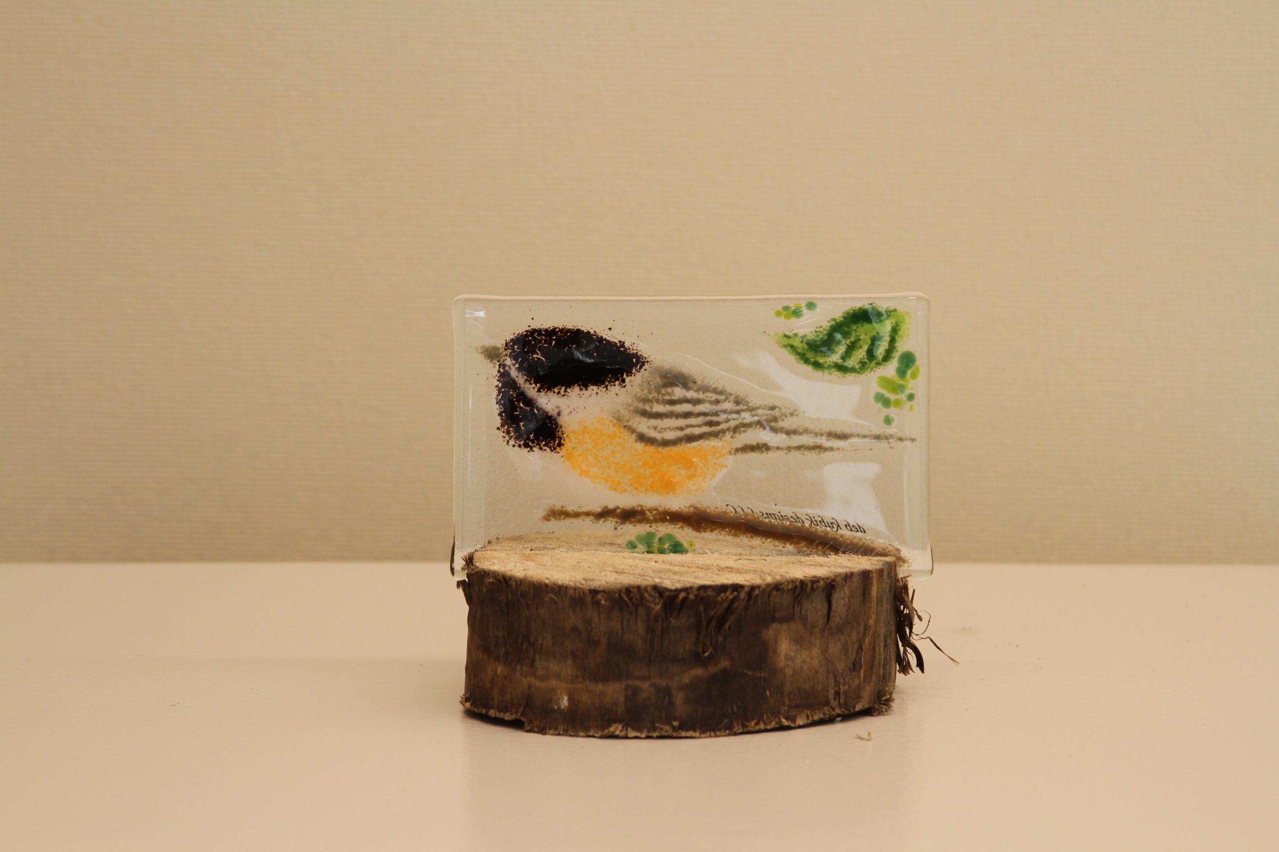 Chickadee (on Stump)